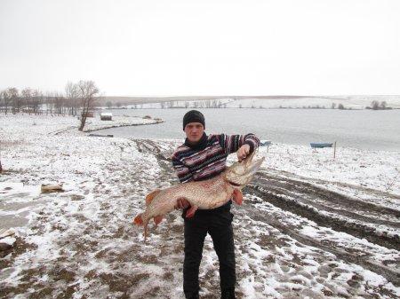 Зимняя рыбалка в Степановке в 2016 году